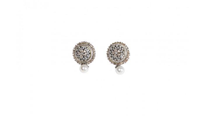 Pearl Bouquet Stud Earrings